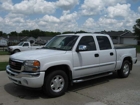2005 GMC Sierra 1500 SLT for Sale  - 325399  - Merrills Motors