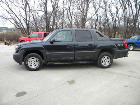 2006 Chevrolet Avalanche LS for Sale  - 325415  - Merrills Motors