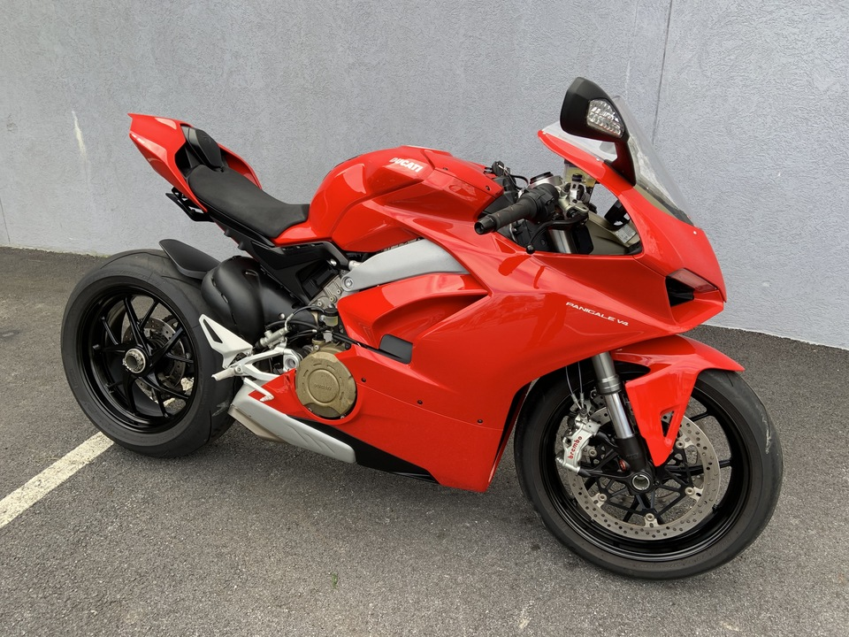 2018 Ducati Panigale v4  - 18Panigale-  - Triumph of Westchester