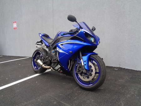 2009 Yamaha YZF-R1  for Sale  - 09YAMAR1-452  - Triumph of Westchester