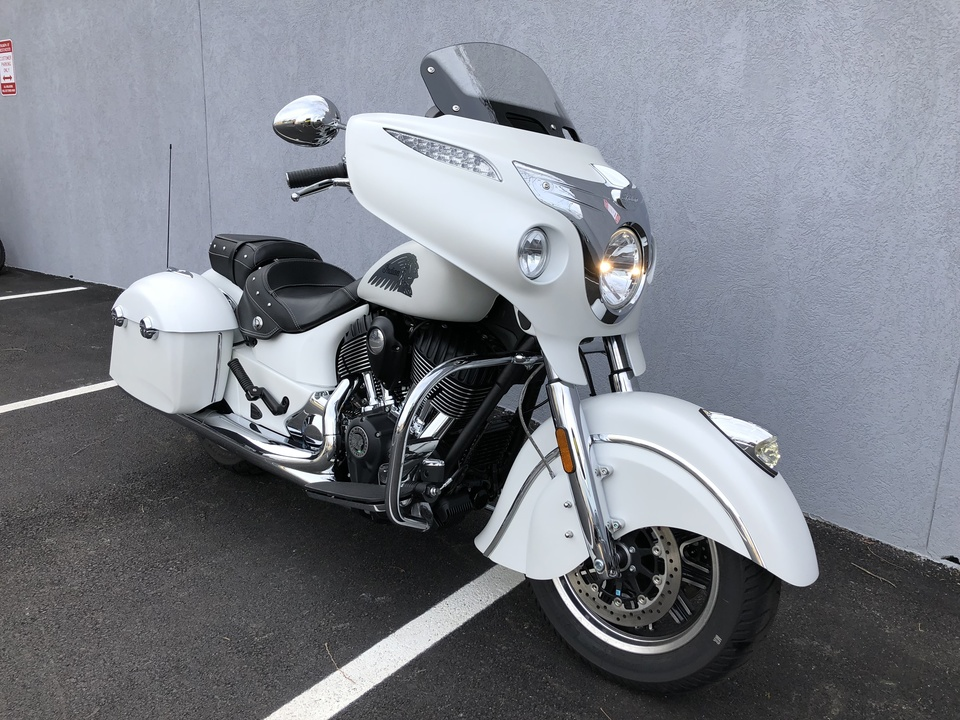 2017 Indian Chieftain  - Triumph of Westchester