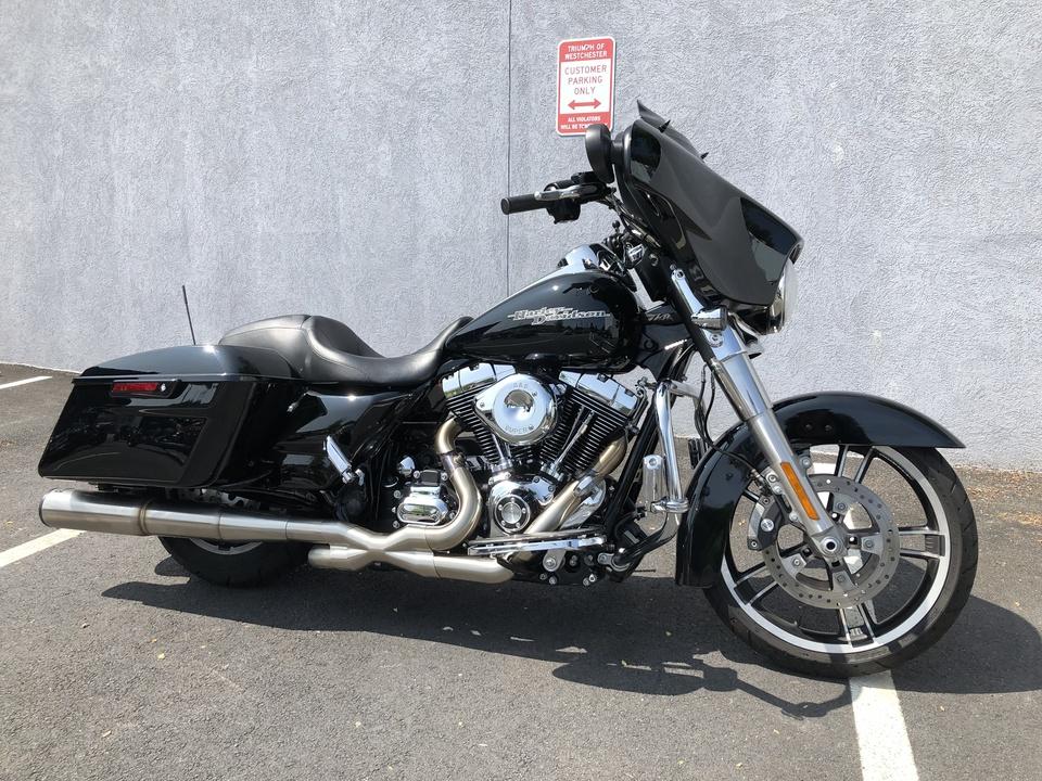 2014 Harley-Davidson FLHX Street Glide  - Triumph of Westchester