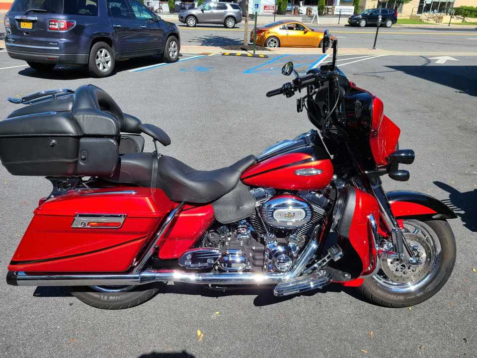 2007 Harley-Davidson FLHTCU Electra Glide CVO ULTRA CLASSIC  - 07CVOULTRACLASSIC-430  - Indian Motorcycle