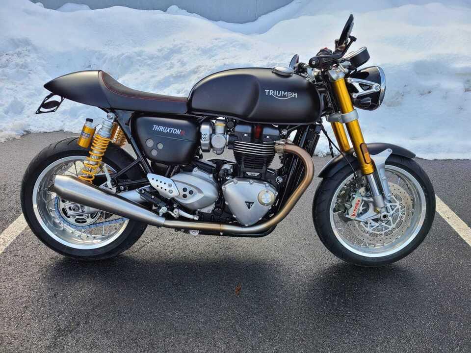 2017 Triumph Thruxton R  - 17ThruxtonR-056  - Indian Motorcycle