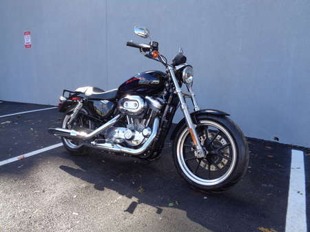 2014 Harley-Davidson Sportster XL883L SUPERLOW for Sale  - 14HD/XL883L-988  - Triumph of Westchester