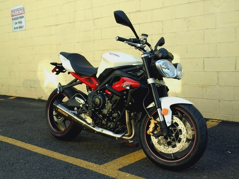 2017 Triumph Street Triple R WITH SPORT PACKAGE