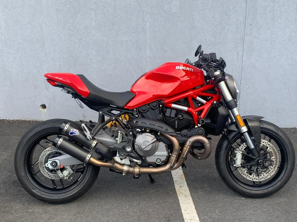 2019 Ducati Monster 821 STEALTH  - 19MONSTER821STEALTH-004  - Triumph of Westchester