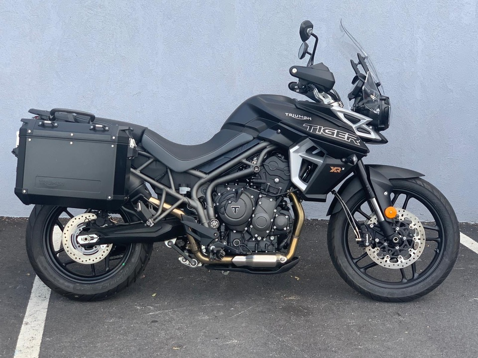 2019 Triumph Tiger 800 XRX LOW  - 19TIGER800XRXLOW-143  - Indian Motorcycle