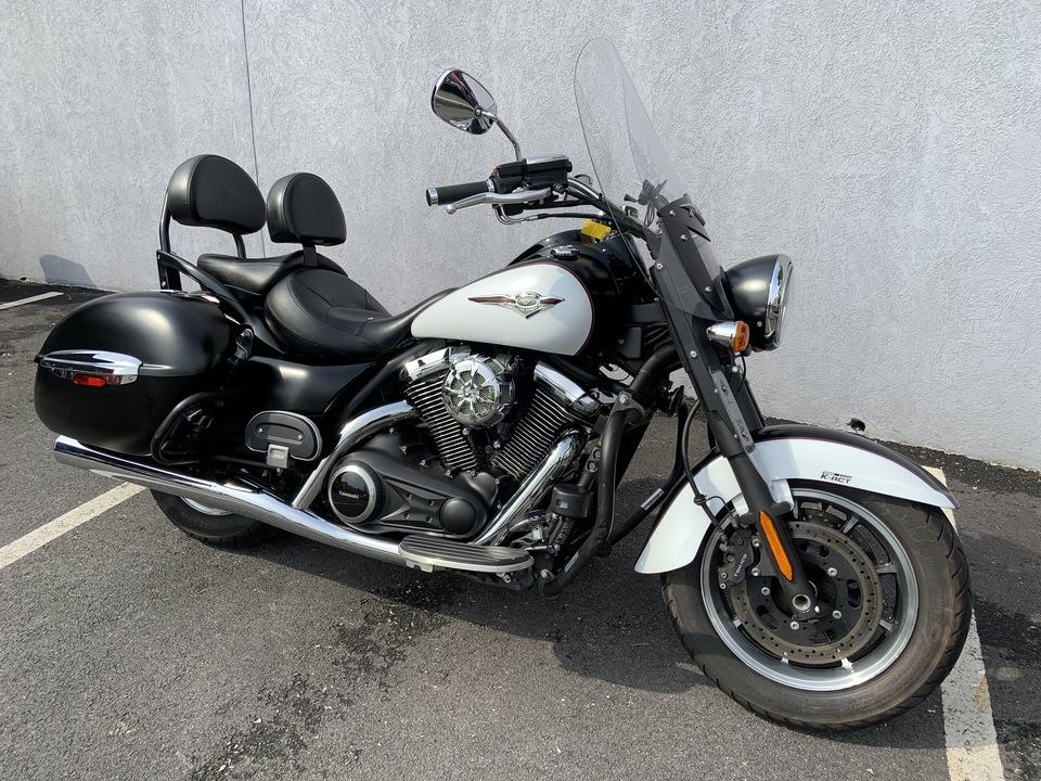 2014 Kawasaki Vulcan 1700 NOMAD ABS  - 14NOMAD1700ABS-227  - Indian Motorcycle