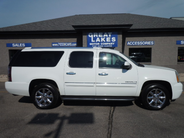2007 GMC Yukon XL Denali  - Great Lakes Motor Company