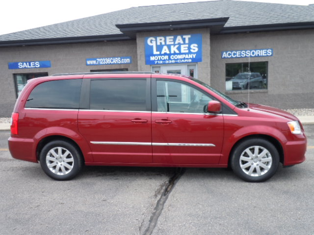 2014 Chrysler Town & Country  - Great Lakes Motor Company