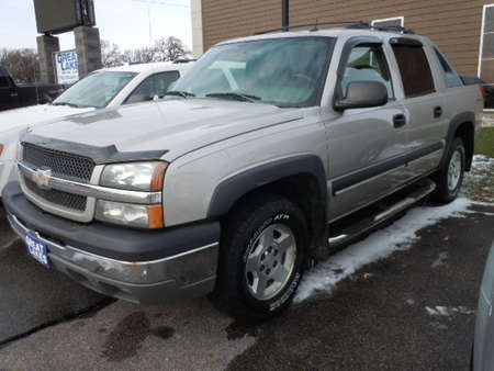 2004 Chevrolet Avalanche 4WD Crew Cab for Sale  - 1542A  - Great Lakes Motor Company