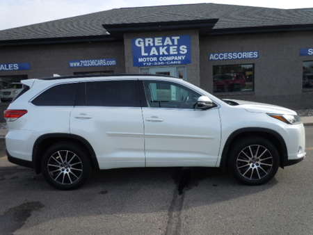 2017 Toyota Highlander AWD for Sale  - 1551  - Great Lakes Motor Company