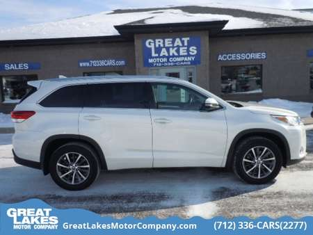 2017 Toyota Highlander AWD for Sale  - 1570  - Great Lakes Motor Company