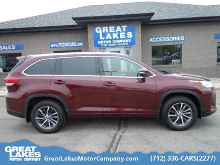 2017 Toyota Highlander AWD for Sale  - 1588  - Great Lakes Motor Company