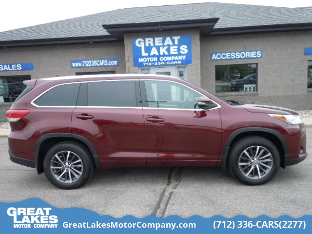2017 Toyota Highlander  - Great Lakes Motor Company