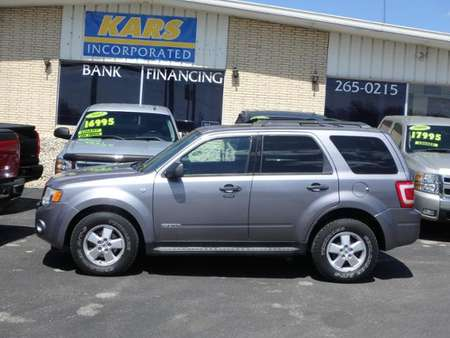 2008 Ford Escape XLT 4WD for Sale  - 879902E  - Kars Incorporated - DSM