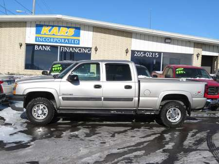 2004 Chevrolet Silverado 2500HD LS 4WD Crew Cab for Sale  - 446311D  - Kars Incorporated - DSM