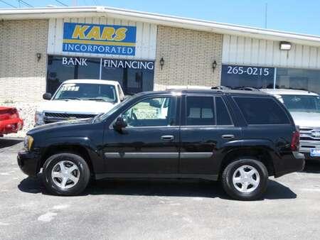 2005 Chevrolet TrailBlazer LS 4WD for Sale  - 575912E  - Kars Incorporated - DSM