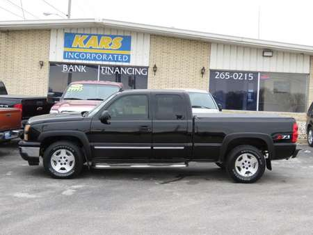 2006 Chevrolet Silverado 1500 LT2 4WD Extended Cab for Sale  - 688138E  - Kars Incorporated - DSM