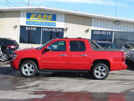 2008 Chevrolet Avalanche LTZ 4WD Crew Cab for Sale  - 846346D  - Kars Incorporated - DSM