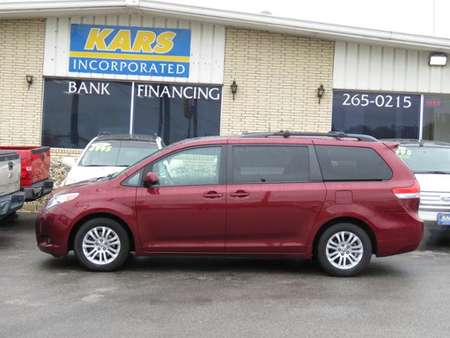 2013 Toyota Sienna XLE for Sale  - D28264D  - Kars Incorporated - DSM