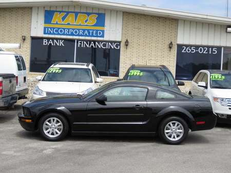 2007 Ford Mustang Deluxe for Sale  - 749927  - Kars Incorporated - DSM