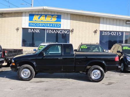 2003 Chevrolet S10 LS 4WD Extended Cab for Sale  - 370167  - Kars Incorporated - DSM