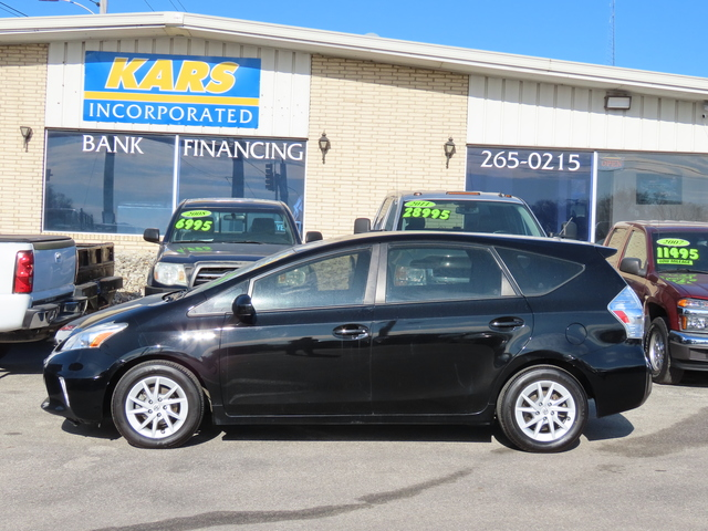 2013 Toyota Prius v Two  - D55904  - Kars Incorporated - DSM