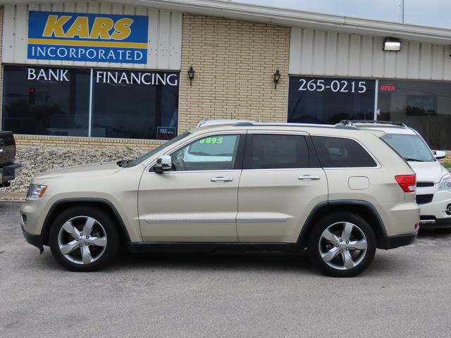 2011 Jeep Grand Cherokee Overland 4WD  - B83697  - Kars Incorporated - DSM