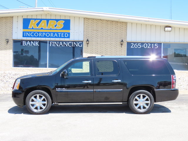 2007 GMC Yukon XL Denali AWD  - 743669  - Kars Incorporated - DSM