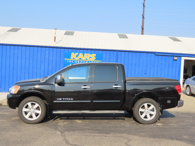 2008 Nissan Titan LE 4WD Crew Cab  - 801466  - Kars Incorporated - DSM