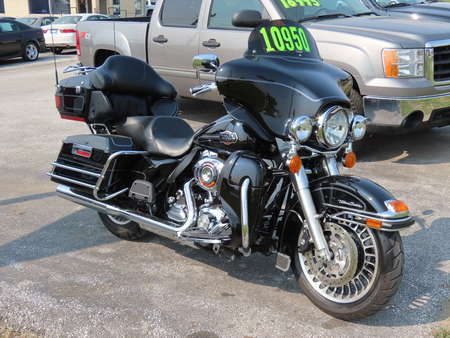 2011 FLHX Street Glide Ultra Classic  Electra Glide  for Sale  - B61472  - Kars Incorporated - DSM