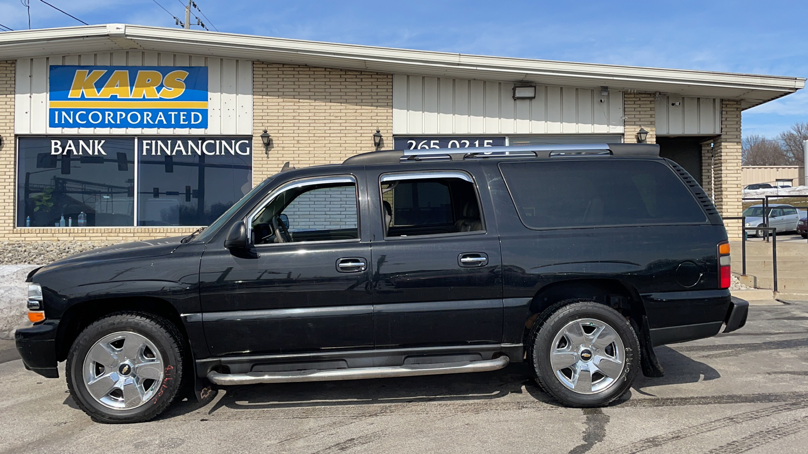 2006 Chevrolet Suburban 1500 4WD  - 609088D  - Kars Incorporated - DSM