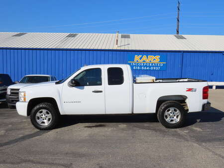 2009 Chevrolet Silverado 1500 LT 4WD Extended Cab for Sale  - 905266  - Kars Incorporated - DSM