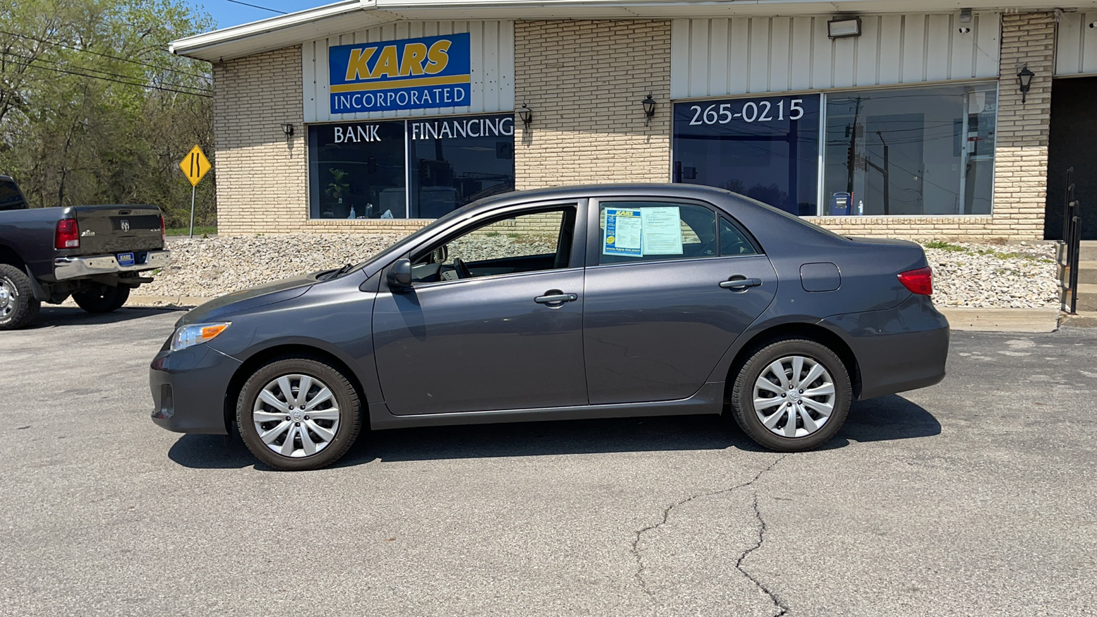 2013 Toyota Corolla BASE  - D25091D  - Kars Incorporated - DSM