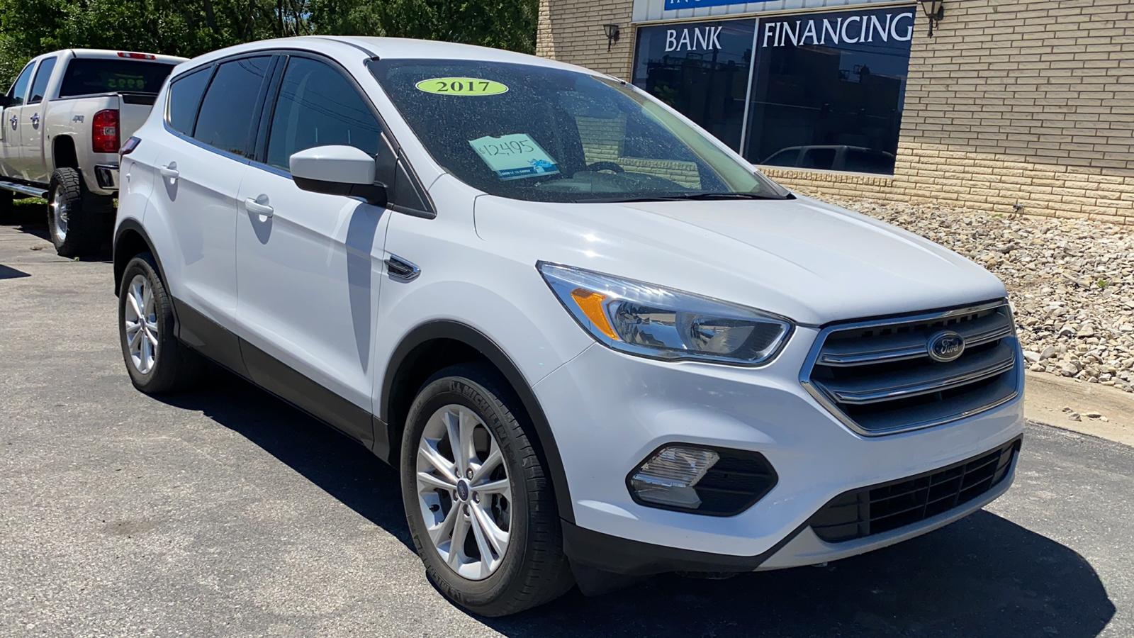 2017 Ford Escape SE 4WD  - H67644D  - Kars Incorporated - DSM