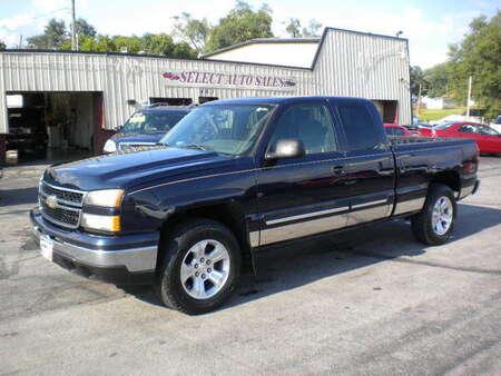 2006 Chevrolet Silverado 1500 Silverado 4x4 for Sale  - 10063  - Select Auto Sales