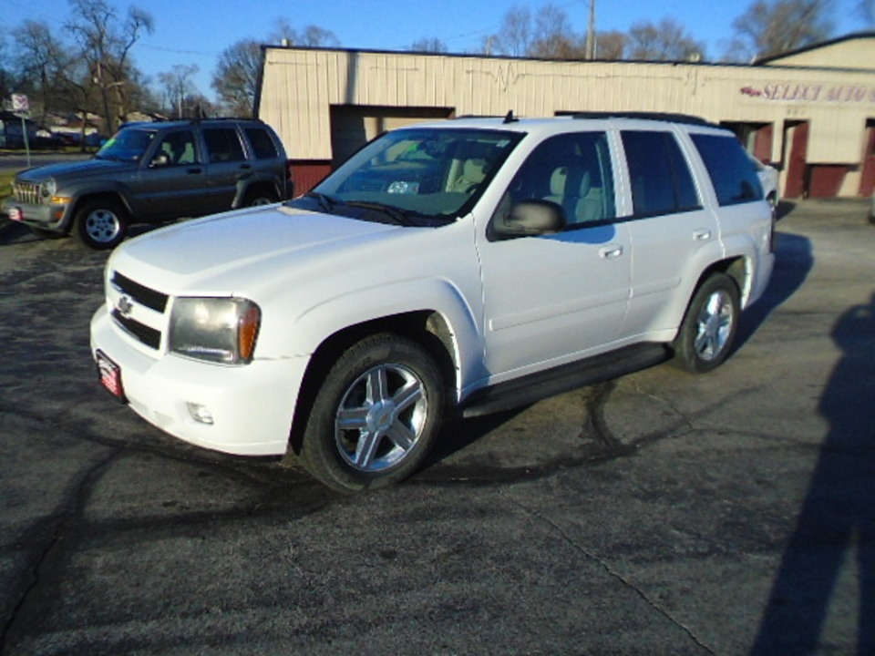 2008 Chevrolet TrailBlazer 4X4 LT  - 10452  - Select Auto Sales