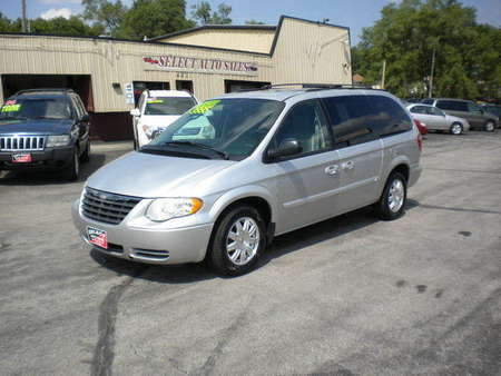 2005 Chrysler Town & Country Touring Stow-N-Go for Sale  - 10026  - Select Auto Sales