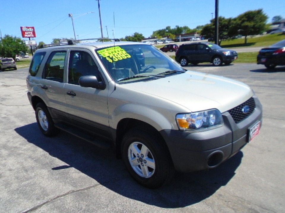 2005 Ford Escape XLS FWD  - 10556  - Select Auto Sales