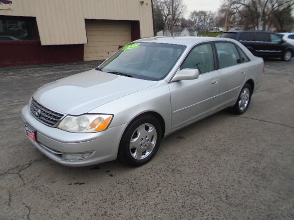 2004 Toyota Avalon XLS  - 10500  - Select Auto Sales