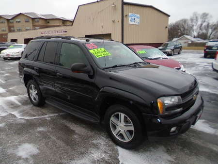 2005 Chevrolet TrailBlazer LT 4x4 for Sale  - 10130  - Select Auto Sales