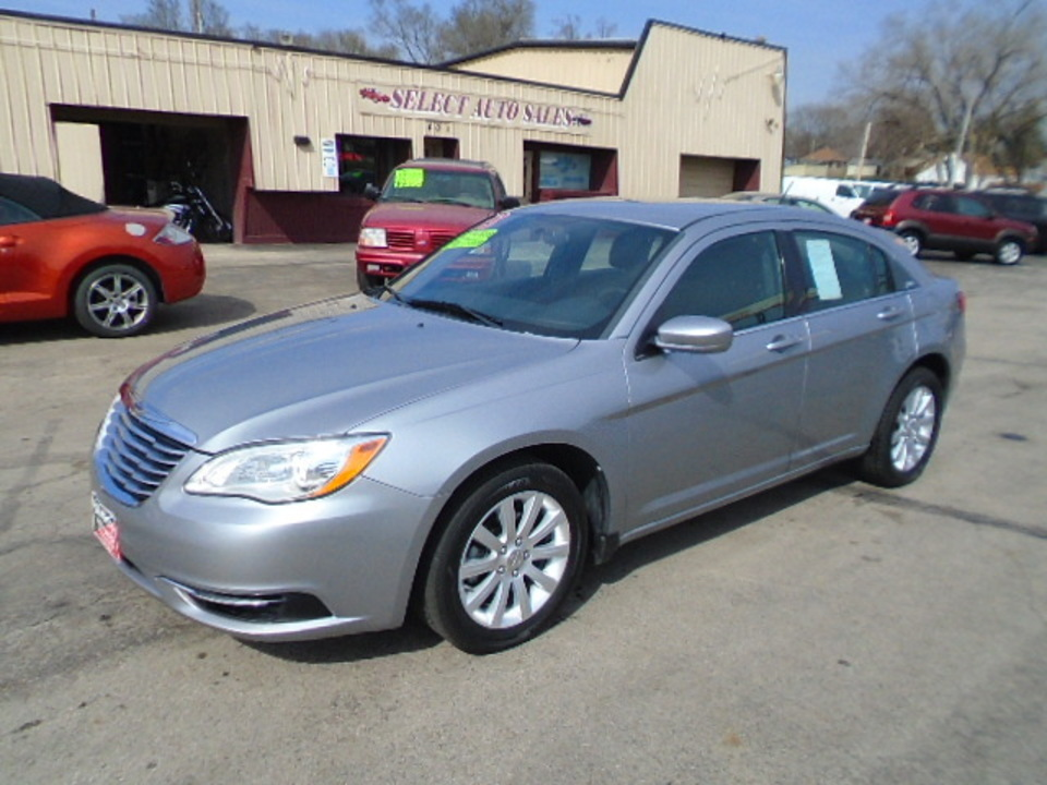 2013 Chrysler 200  - Select Auto Sales