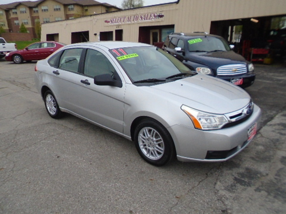 2011 Ford Focus SE  - 10349  - Select Auto Sales