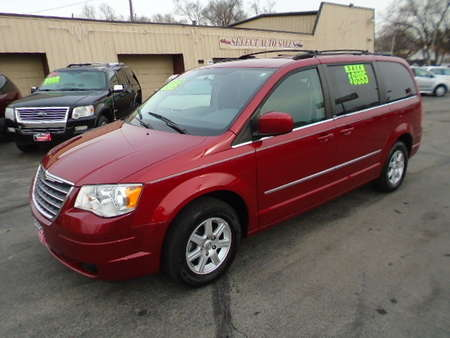 2010 Chrysler Town & Country Touring Stow-N-Go for Sale  - 10131  - Select Auto Sales