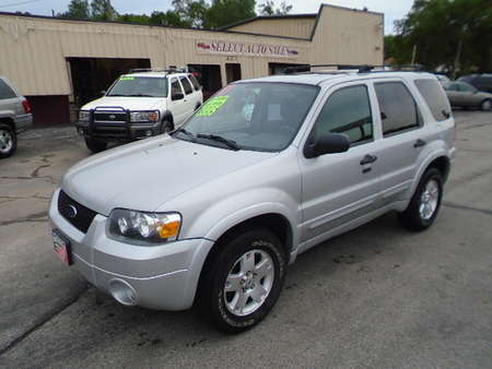 2007 Ford Escape XLT 4X4 for Sale  - 10209  - Select Auto Sales