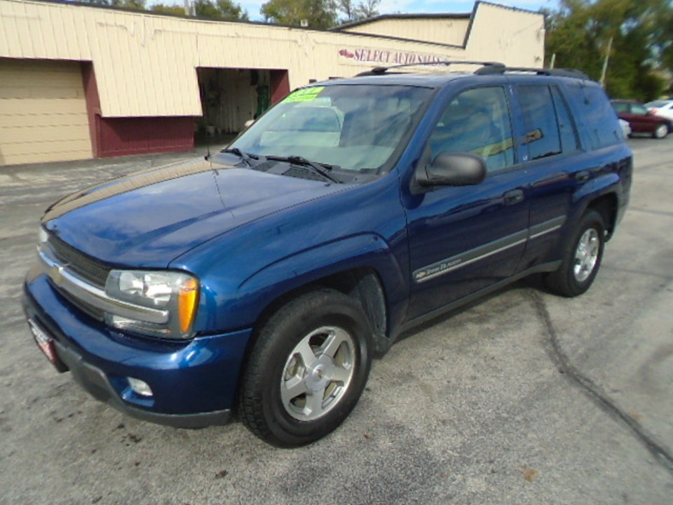 2002 Chevrolet TrailBlazer LT 4X4  - 10425  - Select Auto Sales