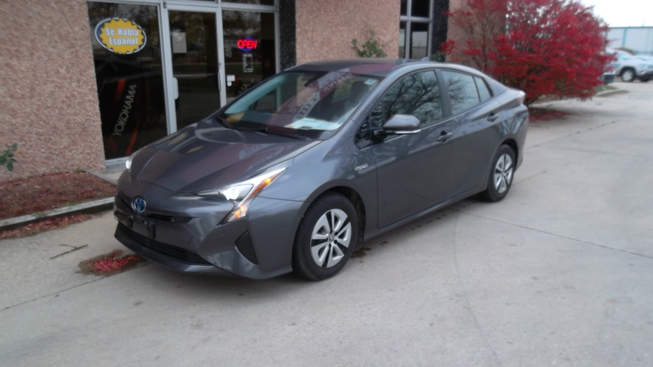 2018 Toyota Prius Two Eco  - 205520  - Bill Smith Auto Parts