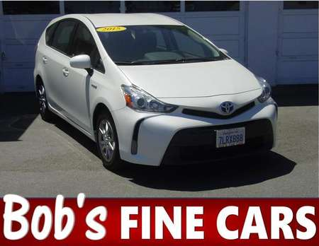 2015 Toyota Prius v Three for Sale  - 5113  - Bob's Fine Cars